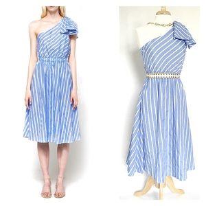 STELEN // Palazzo one shoulder dress light blue